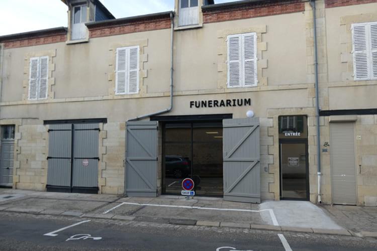 Pompes funèbres Landon à Saint-Pierre-le-Moûtier - Nièvre (58)